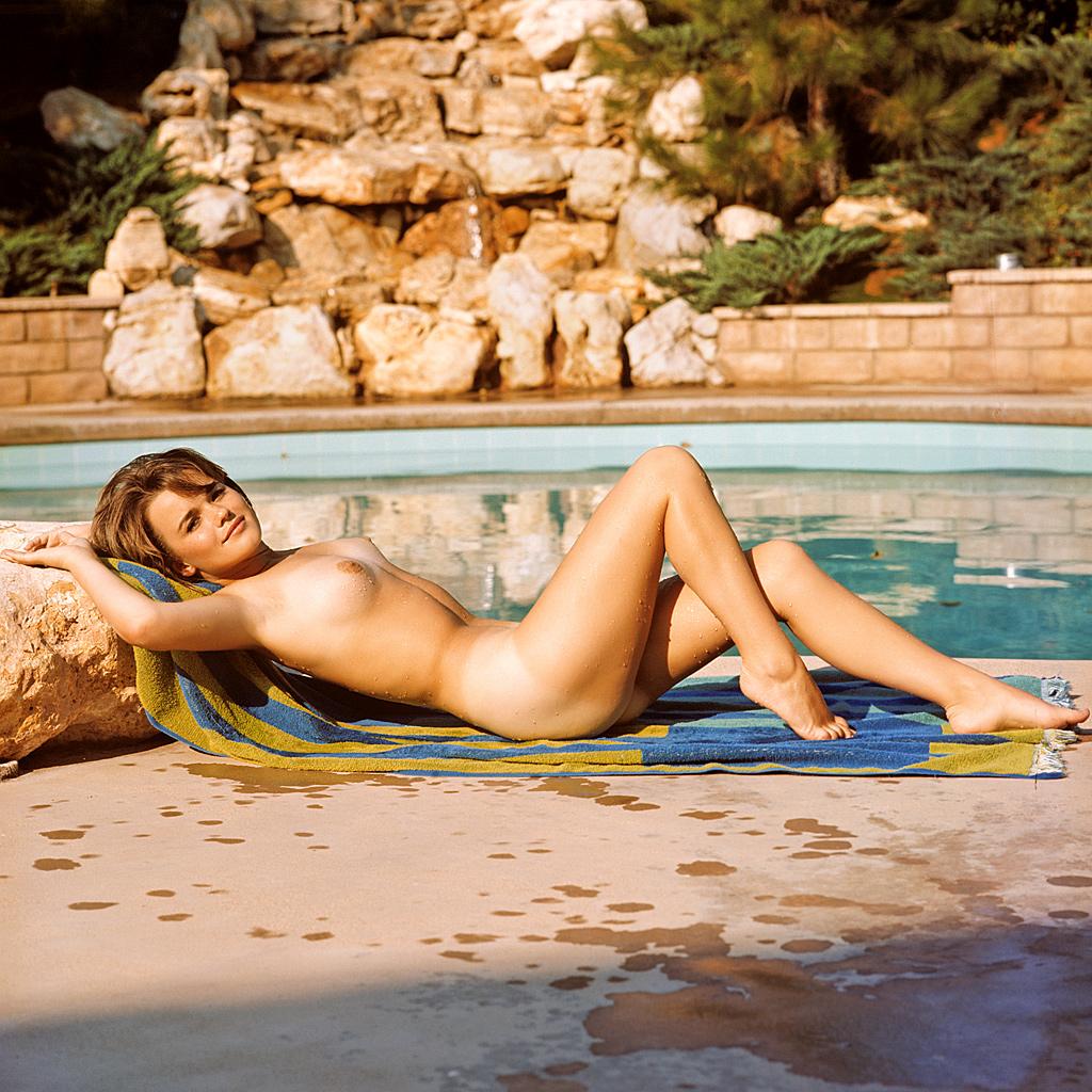 Kelly Burke Nude 40